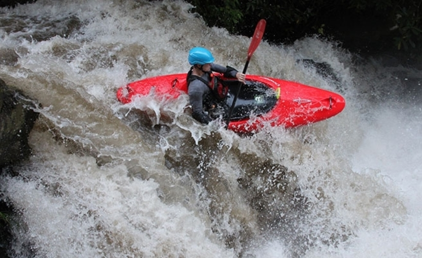 Spring Fling - Dagger Whitewater kayak